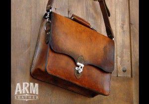 black thorn leather full grain messenger bag