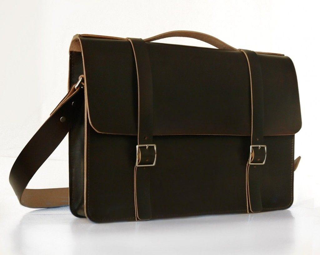 simple messenger in pullman brown