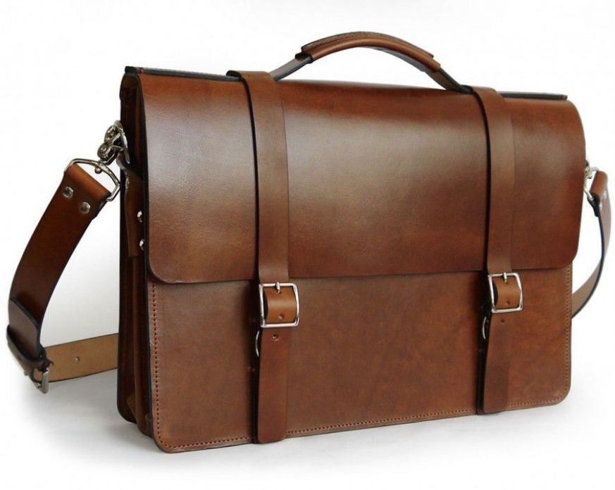handmade-classic-messenger-bag-with-gusset