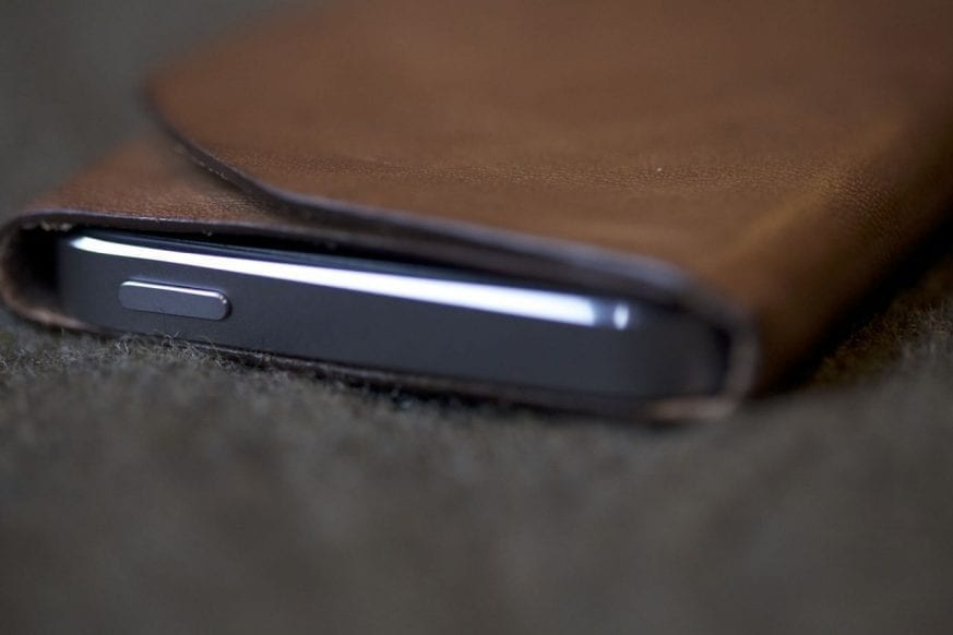 Bisonmade iPhone 5 Sleeve Review1