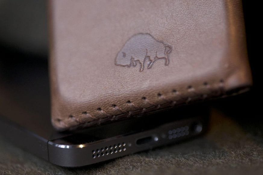 Bisonmade iPhone 5 Sleeve Review2