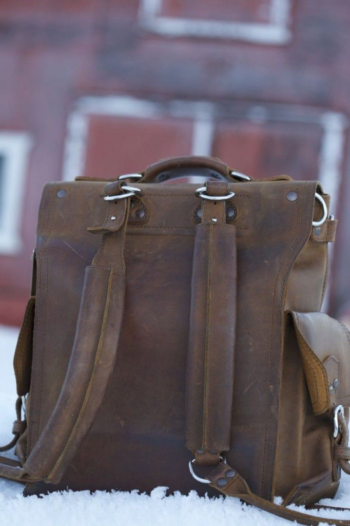saddleback leather squared backpack review3
