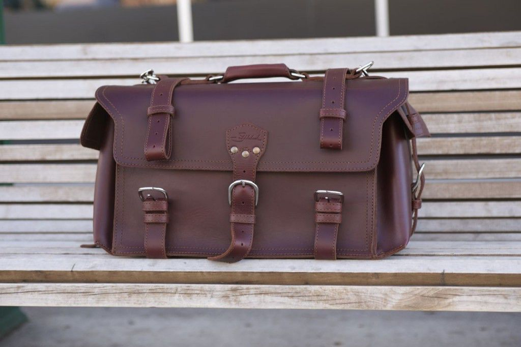 Saddleback Leather Side Pocket Duffel Review01