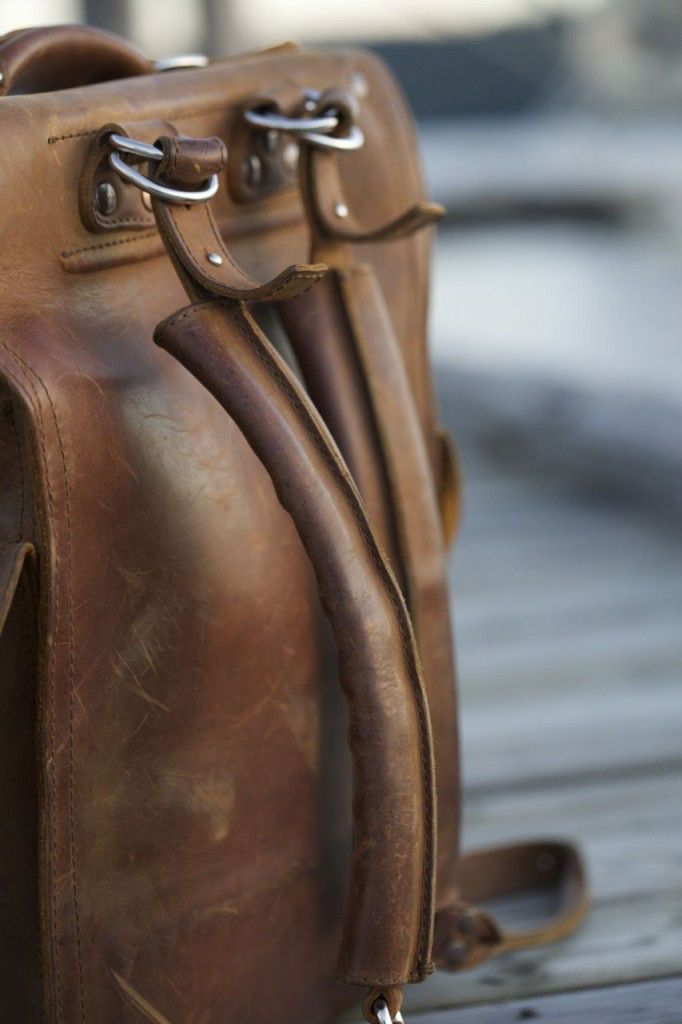 Saddleback Leather Squared Backpack Followup Review08