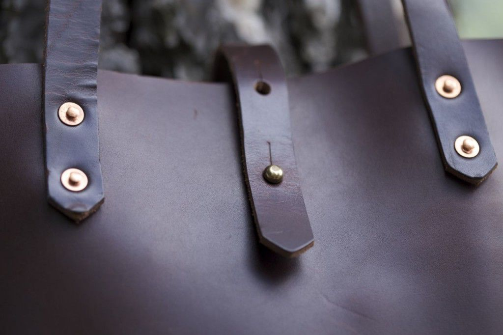 Koch Leather Tote Review4