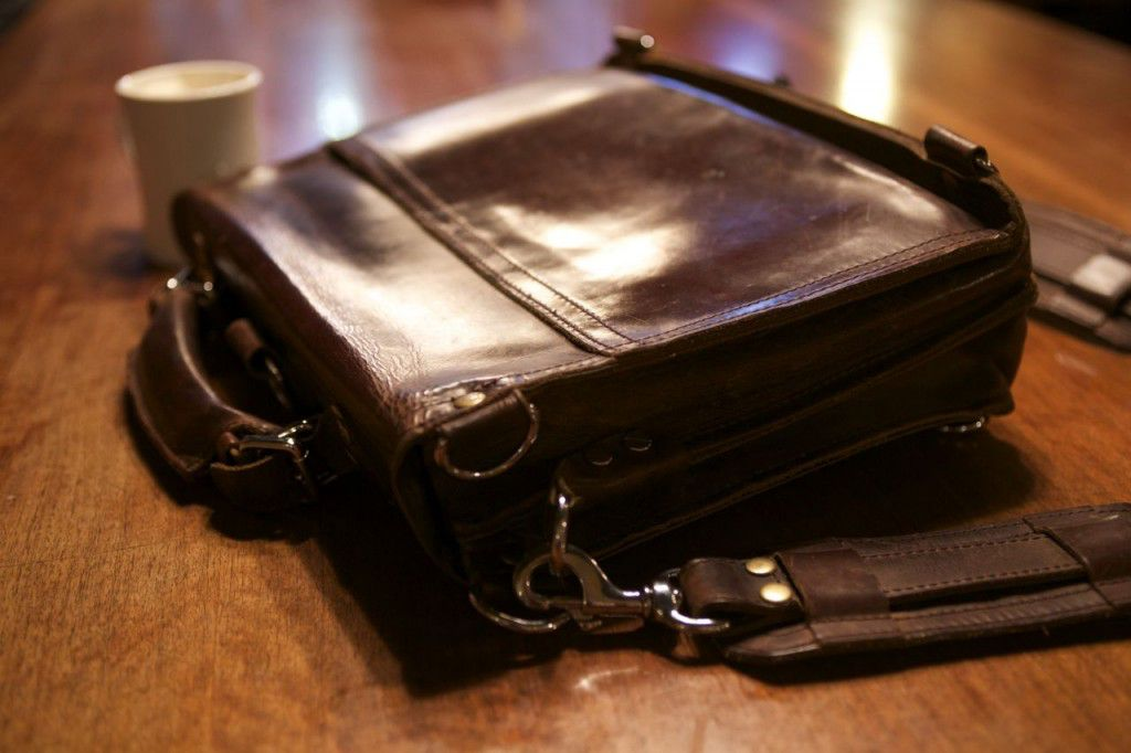 Marlondo Leather Briefcase Patina Review05