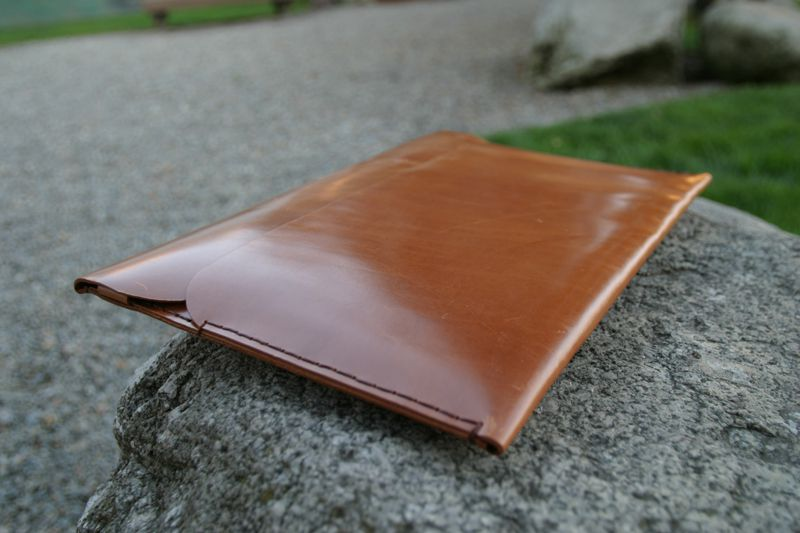 Tox-Leather-MacBook-Air-Case-3