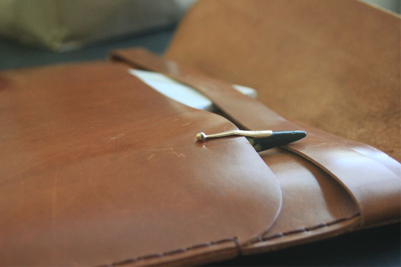 Tox-Leather-MacBook-Air-Case-5