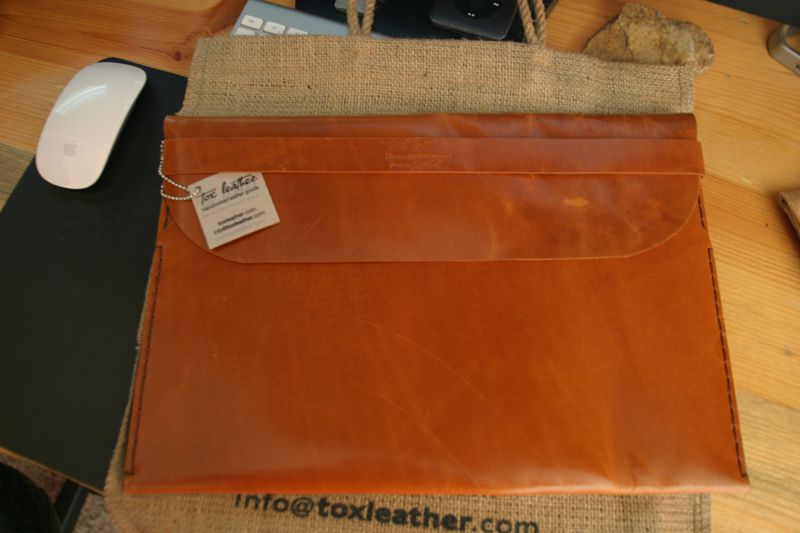Tox-Leather-MacBook-Air-Case-7