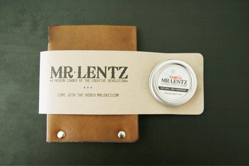MrLentz-Traditional-Minimal-Leather-Wallet-14