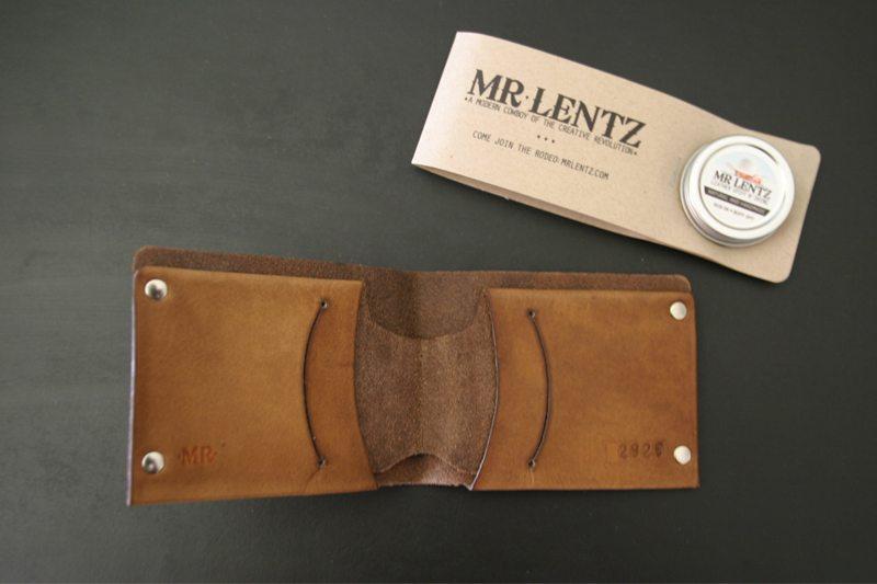 MrLentz-Traditional-Minimal-Leather-Wallet-2