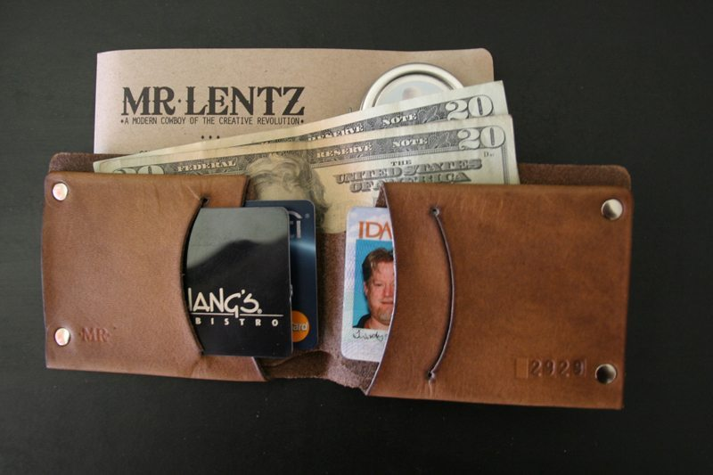 MrLentz-Traditional-Minimal-Leather-Wallet-4