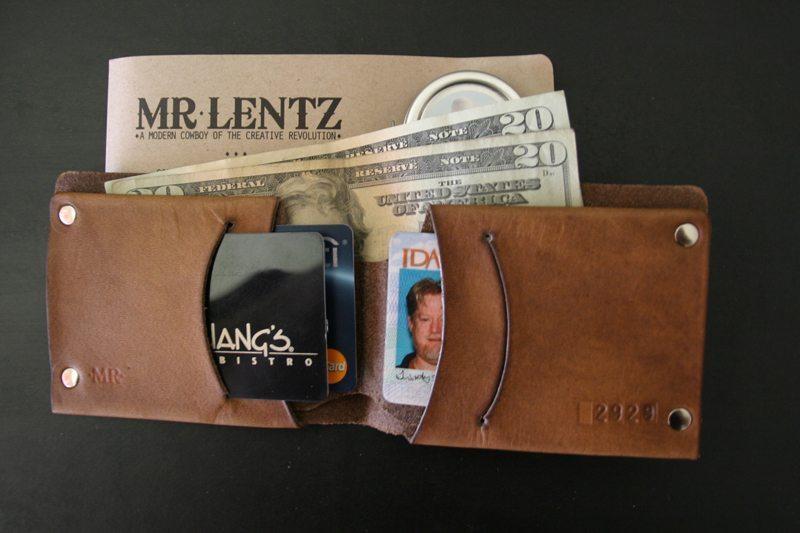 MrLentz-Traditional-Minimal-Leather-Wallet-4