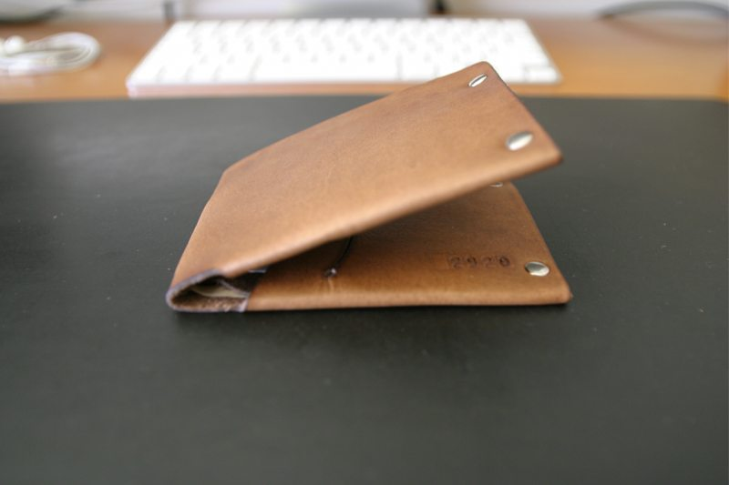 MrLentz-Traditional-Minimal-Leather-Wallet-5