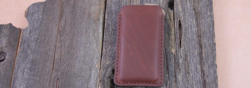 Larsen-Ross-Minimalist-iPhone-Sleeve-8