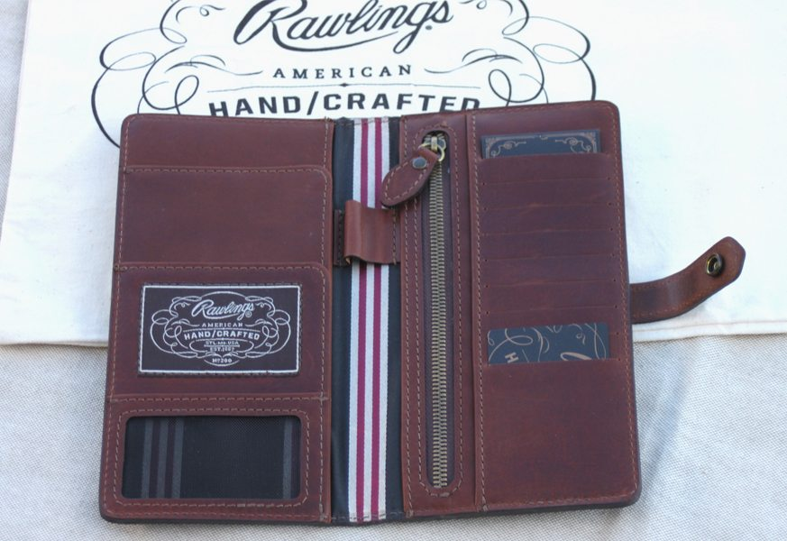 Rawlings-American-Handcrafted-Passport-Wallet-3