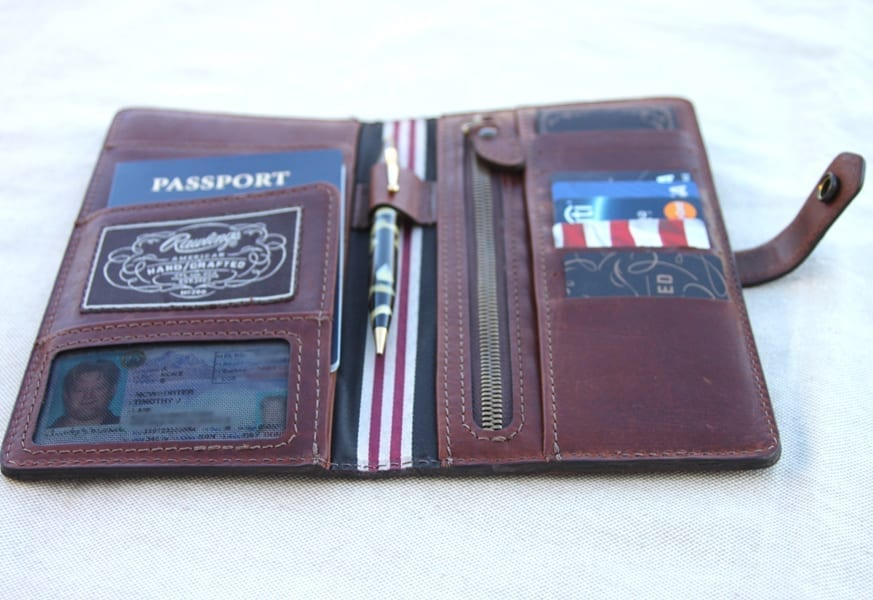 Rawlings-American-Handcrafted-Passport-Wallet-4
