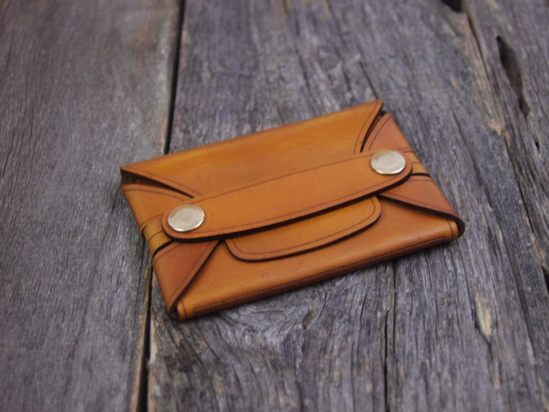 The-Leather-Shop-Rivet Wallet2-2