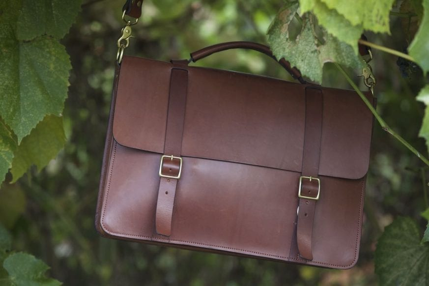 Basader Gusseted Briefcase Review07