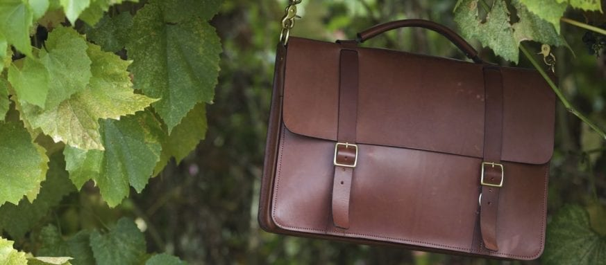 Basader Gusseted Briefcase Review08