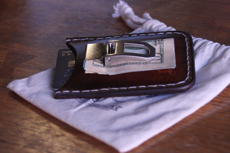 Blackthorn-Leather-Rover-II-Money-Clip-Wallet-3