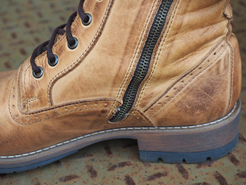 Steve-Madden-Nathen-Boots-Review-9.jpg