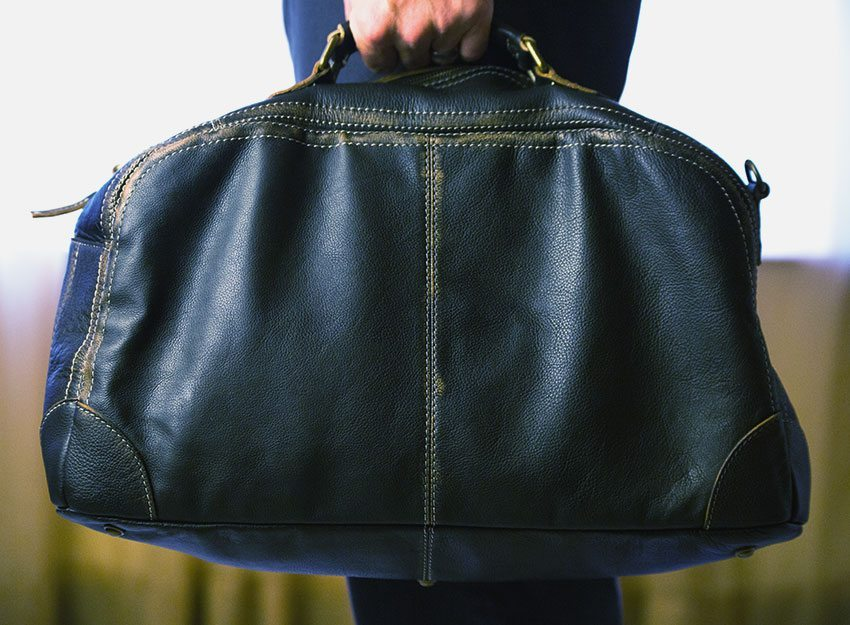 Wilsons-Leather-Black-Rivet-Distressed-Leather-Duffel-005