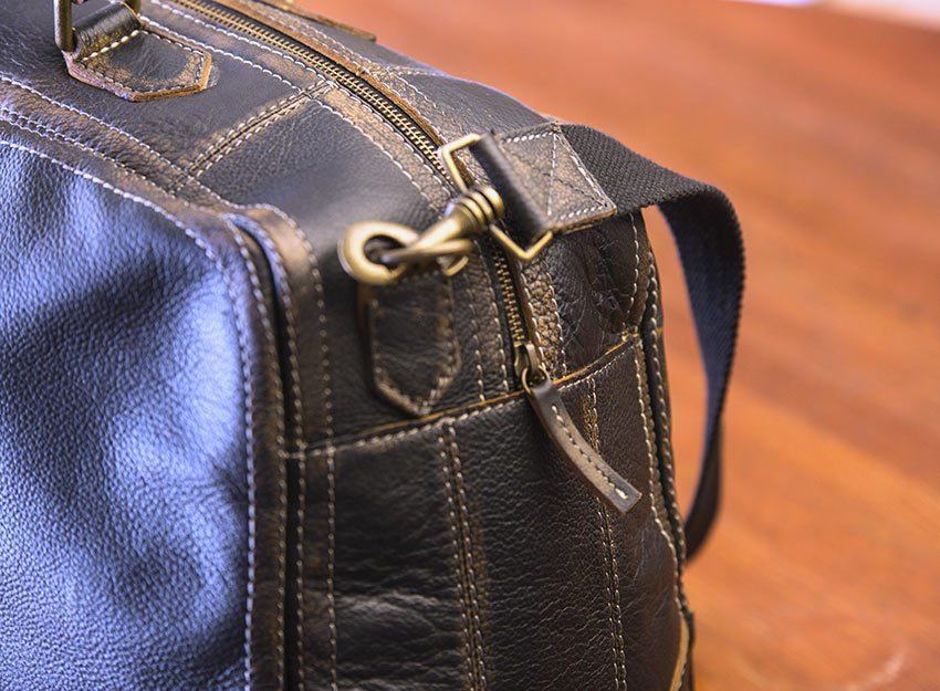 Wilsons-Leather-Black-Rivet-Distressed-Leather-Duffel-006