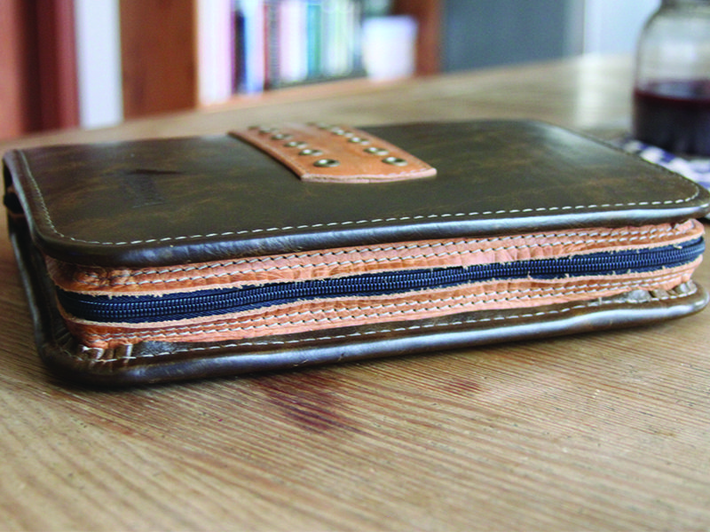 Conestoga Leather Professional Folio 5
