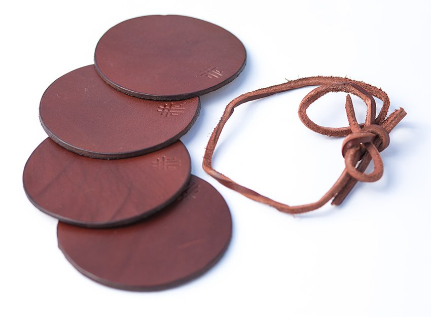 Thrux-Lawrence-Brown-Leather-Coaster-002