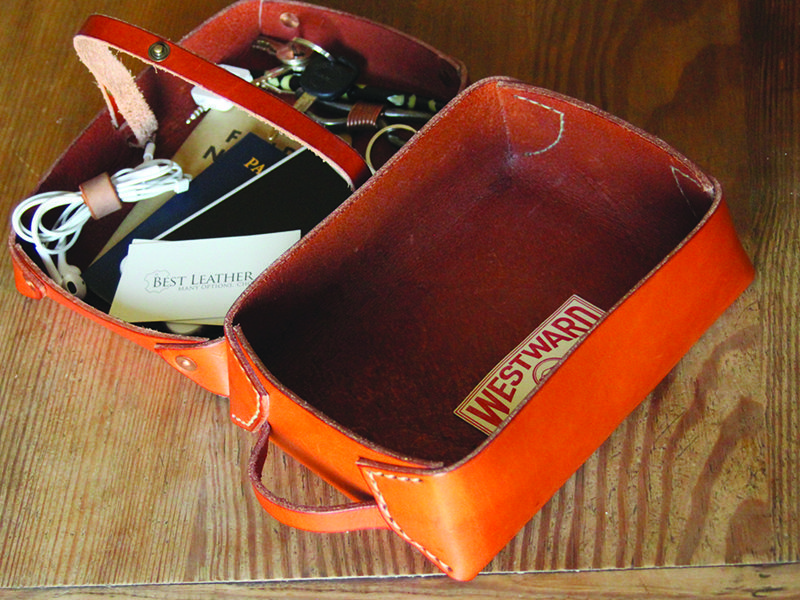 Westward Leather Double Tray Dopp Kit 2