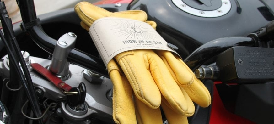 Iron-Resin-Cafe-Gloves-Review-11