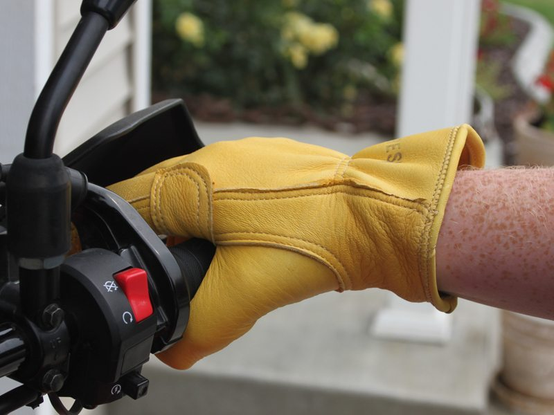 Iron-Resin-Cafe-Gloves-Review-8