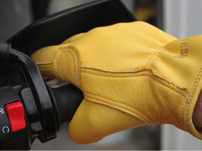 Iron-Resin-Cafe-Gloves-Review-9