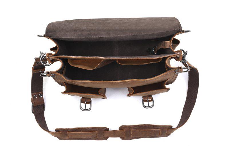 ledermann-rugged-leather-briefcase-backpack-bag-giveaway-3