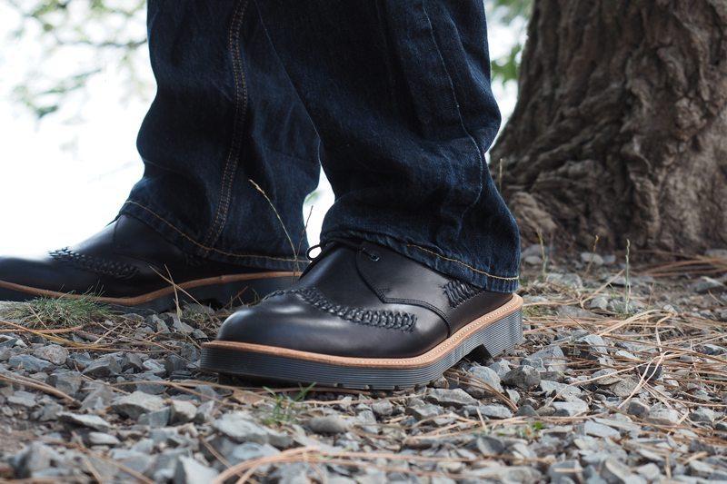 Dr-Martens-Weaver-Shoes-5