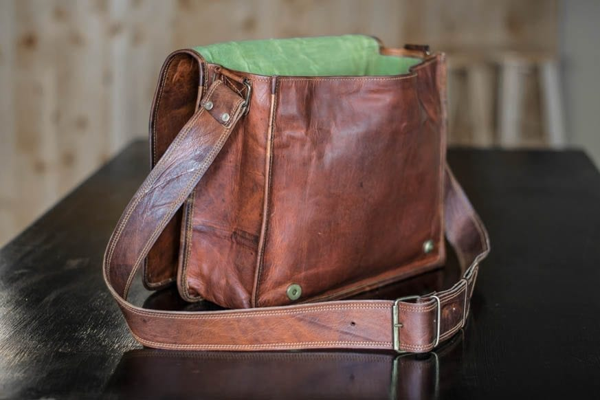 High-On-Leather-Vintage-Brown-Messenger-Bag-DSC_0019