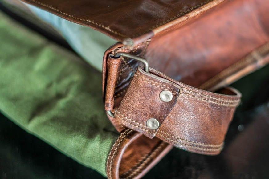 High-On-Leather-Vintage-Brown-Messenger-Bag-DSC_0028