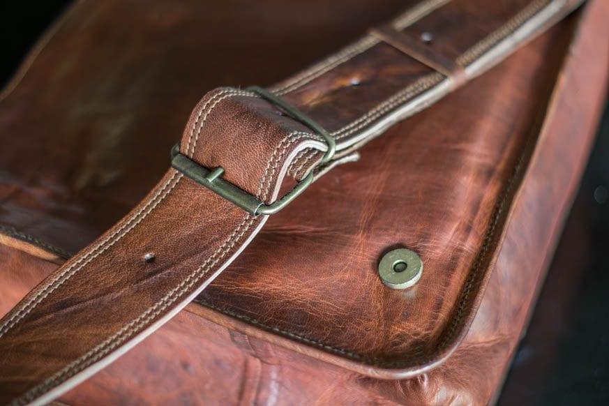 High-On-Leather-Vintage-Brown-Messenger-Bag-DSC_0031