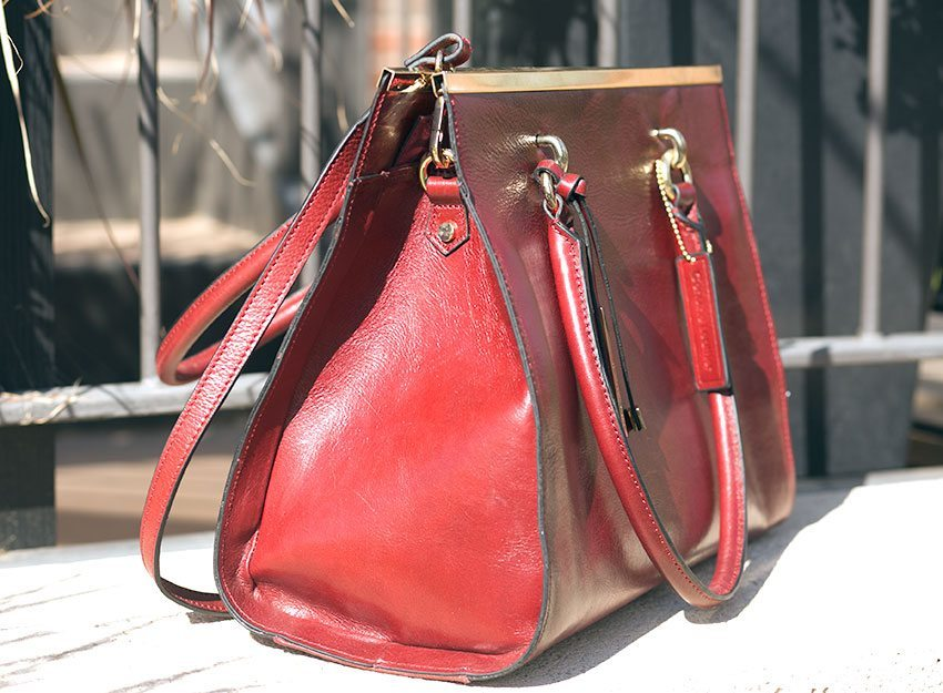 Wilsons Leather Roma Leather Tote W Bar Review 179 99