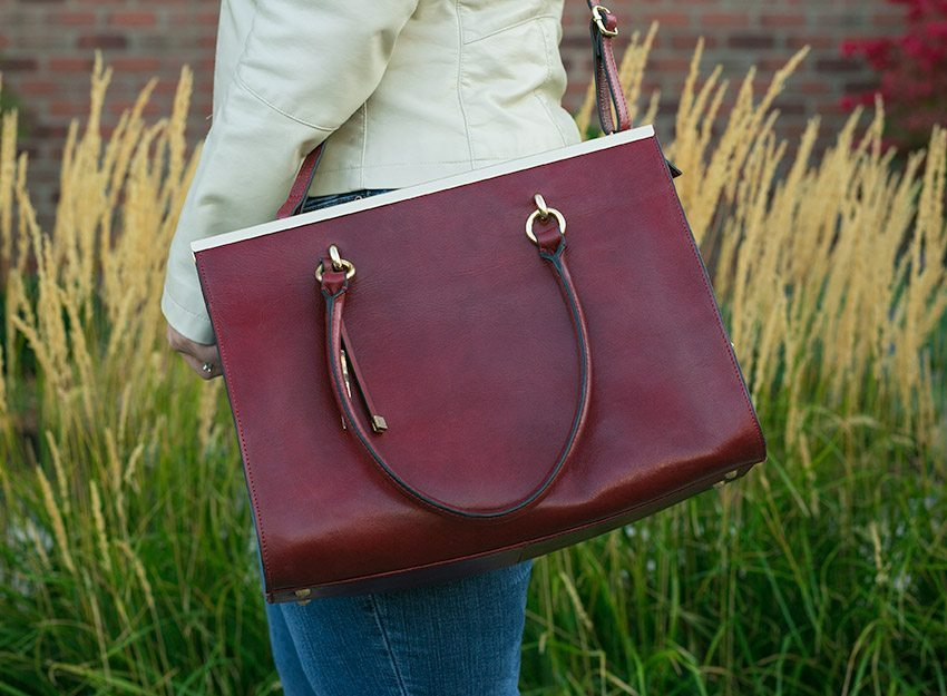 Wilsons-Leather-Roma-Leather-Tote-011