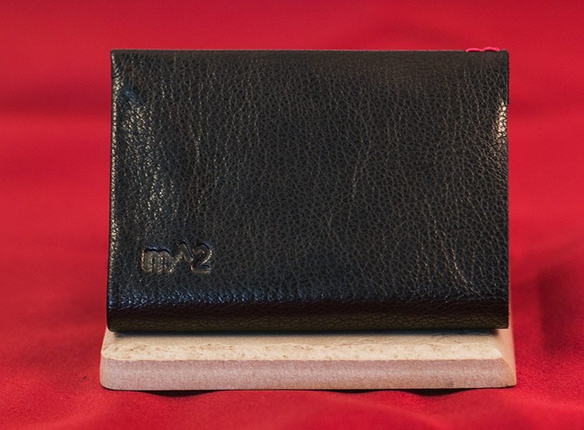 minimum-squared-black-leather-wallet-003