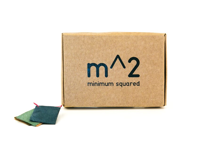minimum-squared-black-leather-wallet-010