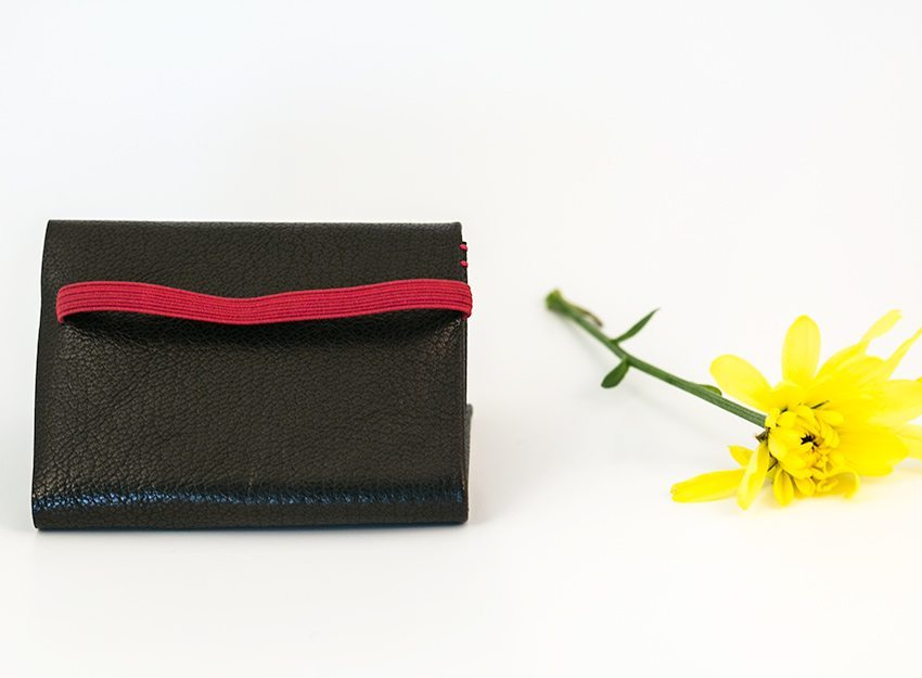 minimum-squared-black-leather-wallet-013