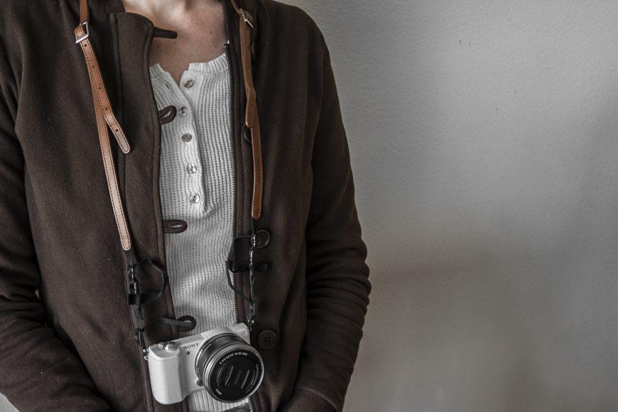 4V Design Camera Strap BestLeather SAM_0040