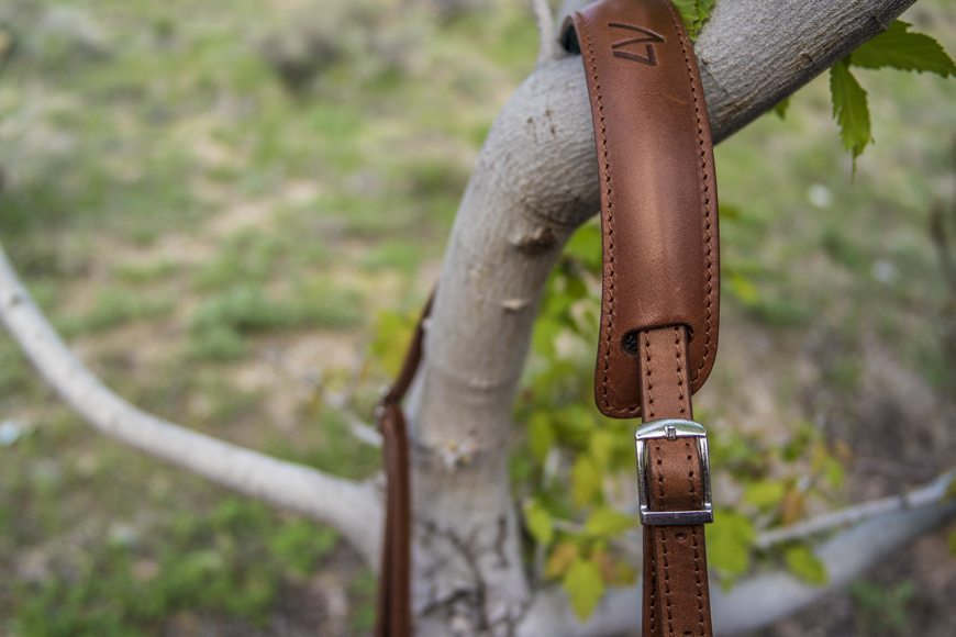 4V Design Camera Strap BestLeather SAM_0070