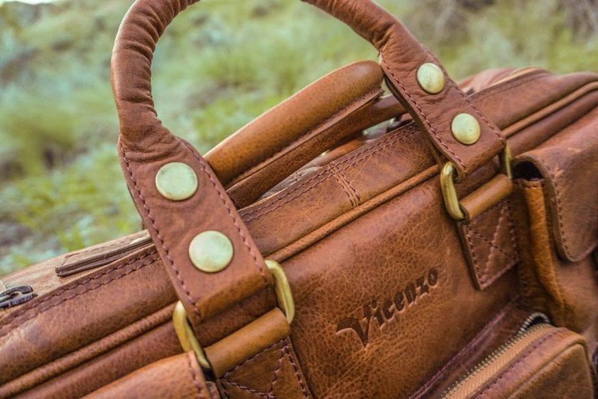 Vicenzo-Signature-Full-grain-Leather-Briefcase-Review-DSC00674