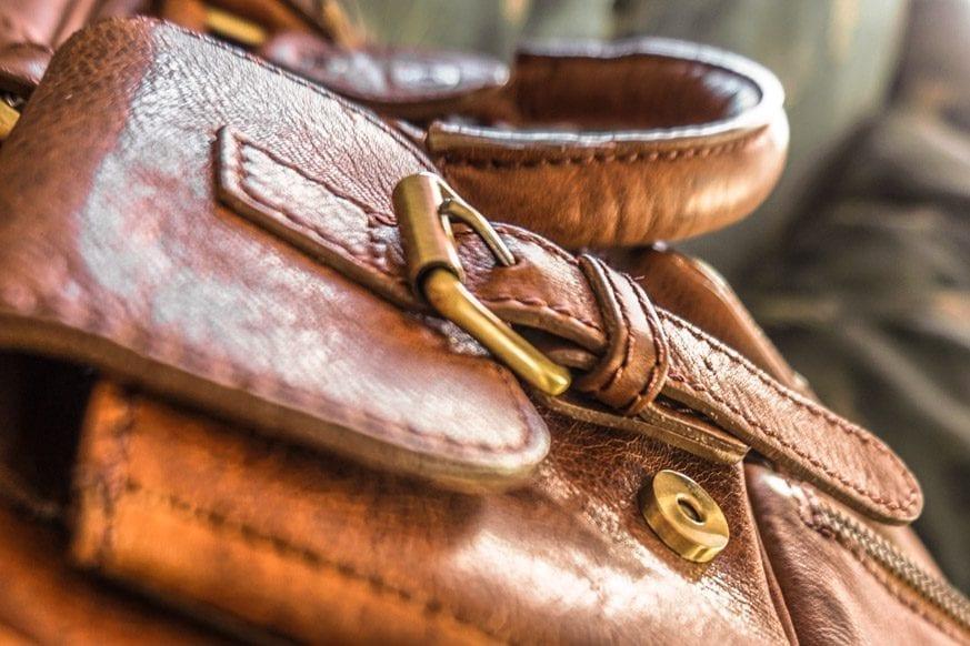 Vicenzo-Signature-Full-grain-Leather-Briefcase-Review-DSC00691