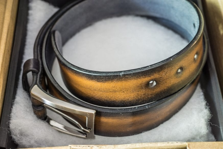 Les-Cuirs-Peussou-Handmade-Leather-Belt-Review---$79.55-BestLeather.org-DSC00864