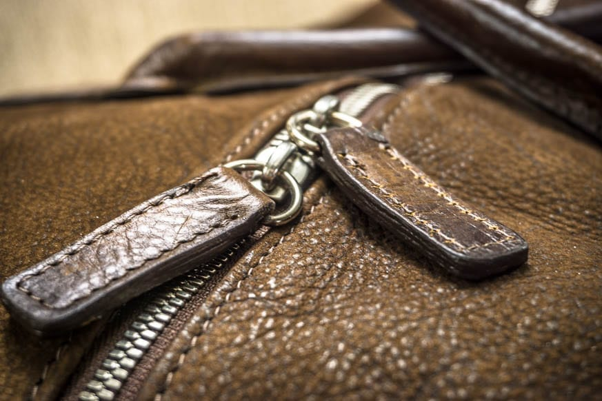 Moore-and-Giles-Benedict-Nubuck-Bison-Chocolate-Weekend-Bag-Review-$925-BestLeather.org-DSC01117